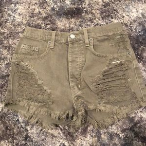 Carnage ripped jean shorts